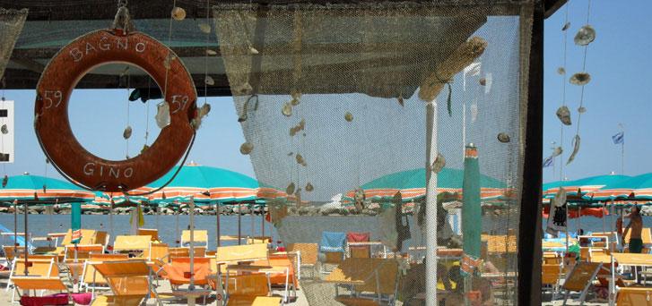 Spiaggia con animazione bellaria igea marina hotel grado - Bagno gino igea marina ...